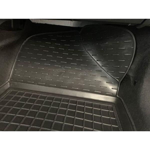Передние коврики в автомобиль Renault Sandero 2013- (Avto-Gumm)