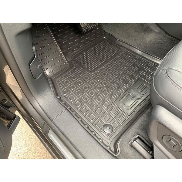 Автомобильные коврики в салон Audi Q8 2018- (Avto-Gumm)