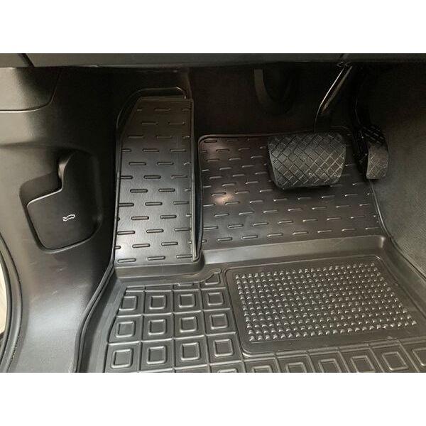 Автомобильные коврики в салон Volkswagen Touareg 2018- (Avto-Gumm)