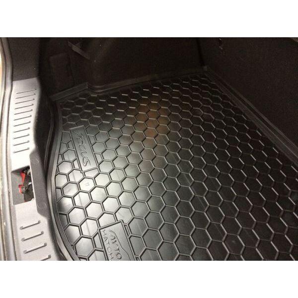 Автомобильный коврик в багажник Ford Focus 3 2011- Hatchback (докатка) (Avto-Gumm)