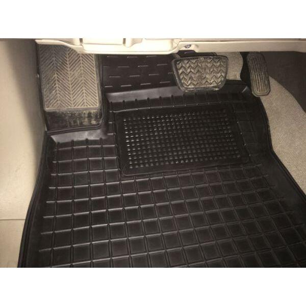 Автомобильные коврики в салон Toyota Land Cruiser Prado 120 2002-2009 (Avto-Gumm)