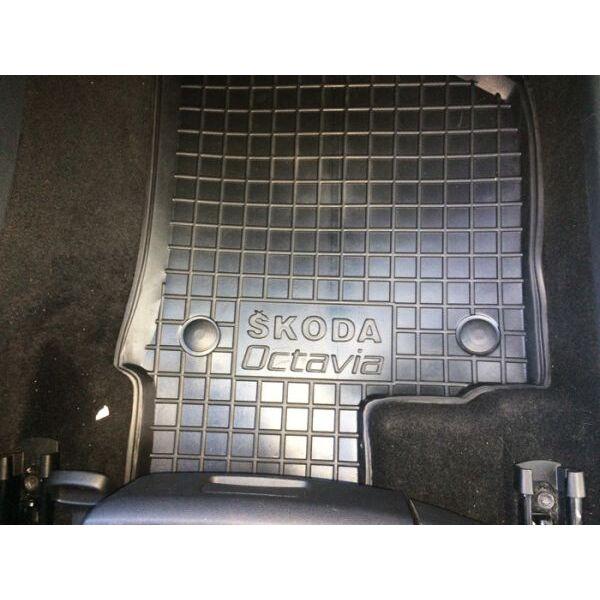 Автомобильные коврики в салон Skoda Octavia A5 2004- (Avto-Gumm)
