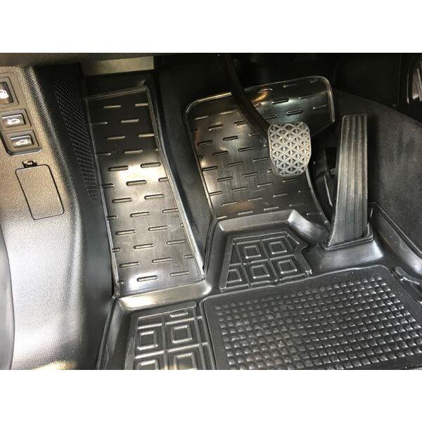 Автомобильные коврики в салон BMW i3 2013- (Avto-Gumm)