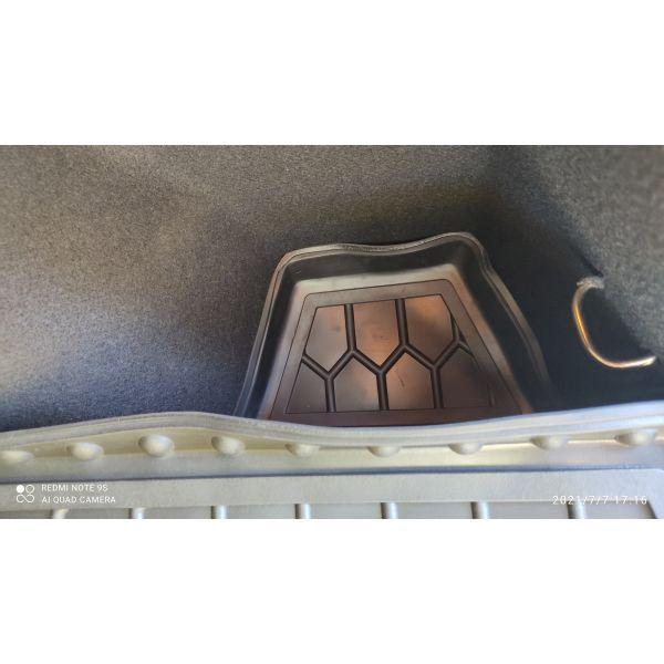Автомобильный коврик в багажник Renault Kadjar 2016- (Avto-Gumm)
