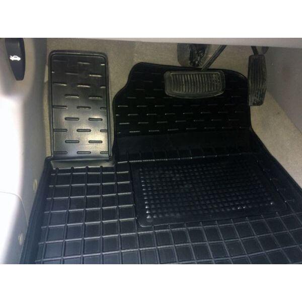 Автомобильные коврики в салон Hyundai Accent 2006-2010 (Avto-Gumm)