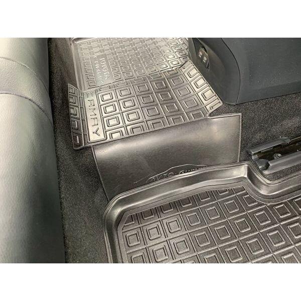 Автомобильные коврики в салон Toyota Camry 70 2018- (Avto-Gumm)