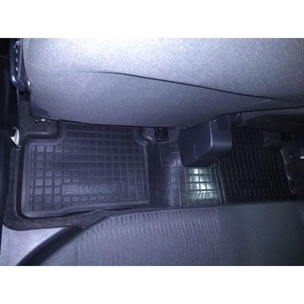 Автомобильные коврики в салон Suzuki Swift 2011- (Avto-Gumm)