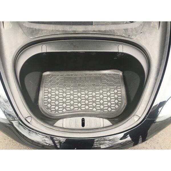 Автомобильный коврик в багажник Tesla Model 3 2017- передний (Avto-Gumm)
